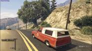 Yosemite Farm Truck atrás
