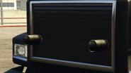 Pounder personalizado vista cercana de las miniguns montadas