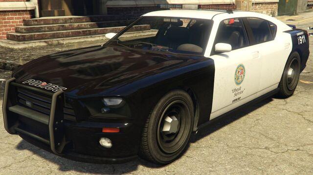 Archivo:PoliceBuffalo-PS4 gtav.jpg