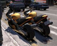 NRG900-GTAIV-Comparación-atrás
