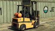 Forklift-GTAV-atras