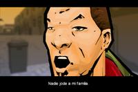 Huang hablando con pandillero
