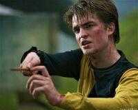 P4 Cedric Diggory varita en mano