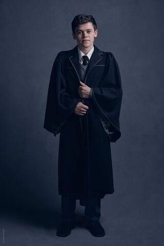 Archivo:Albus Potter HP8 obra.jpg