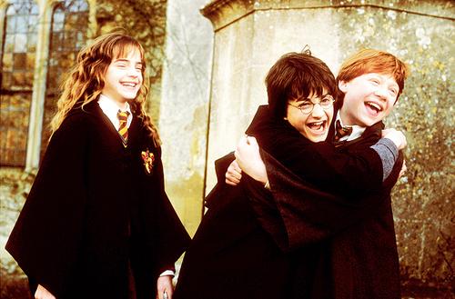 Archivo:P2 Harry, Hermione y Ron.jpg