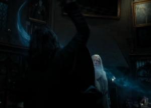 Snape conjura un patronus