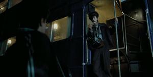 Stan Shunpike recibe a Harry en el autobús