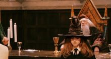 P1 Hermione con el Sombrero Seleccionador
