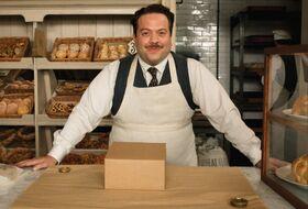 AF1 Jacob dentro de su nueva panadería