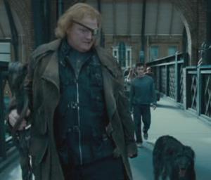 Moody regaña a Sirius