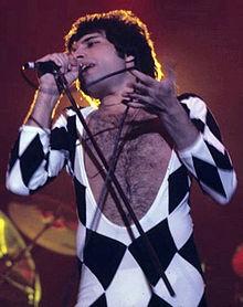 FreddieMercuryNov1977