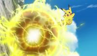 EP975 Pikachu usando Bola voltio