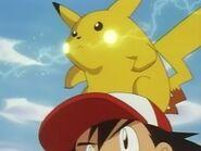 EP006 Pikachu preparando impactrueno