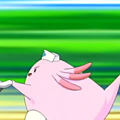 Chansey atendiendo.