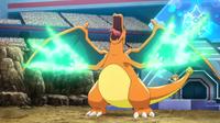 EP928 Charizard usando garra dragón