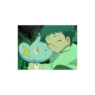 Angie abrazando a Shinx.