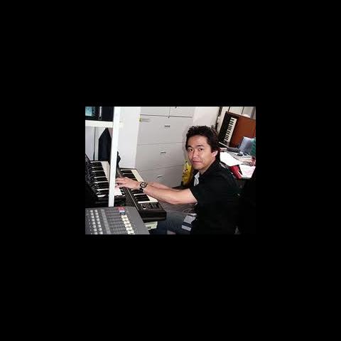 Masuda componiendo