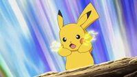 EP667 Pikachu usando Atactrueno