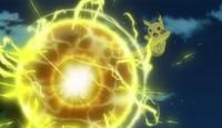 EP977 Pikachu usando bola voltio