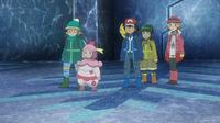 EP923 Ash y sus amigos con abrigo