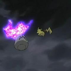 Finalmente, Spiritomb es derrotado y regresa a la piedra.