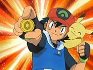 EP435 Ash gana el simbolo de la suerte