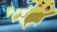 EP925 Pikachu usando ataque rápido