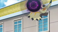 EP1010 Mimikyu de Jessie usando bola sombra