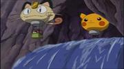 EE01 Globo de Meowth y Pikachu