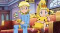 EE16 Taza y peluche Pikachu.png