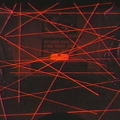 Además de Kaburagi, unos modernos láseres también velan por el objeto.