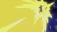 EP996 Pikachu usando rayo
