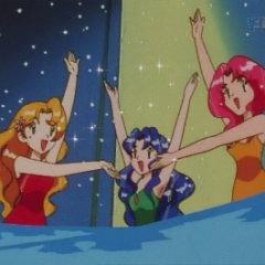 Daisy, Violet y Lily realizando su número.