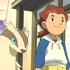 EP389 Kimmy junto a Linoone.png