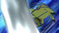 EP710 Pikachu usando cola ferrea