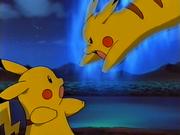 EE01 Pikachutwo atacando a Pikachu
