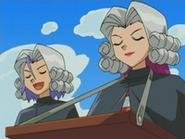 EP476 Jessie y James disfrzados de jueces