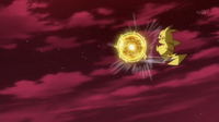 EP939 Pikachu usando bola voltio