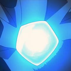 ... el diamante de su pecho se ilumina concentrando toda su fuerza...