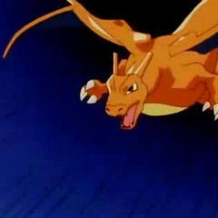 Charizard atacando desde el cielo.