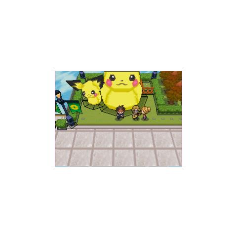 Estatua de Pikachu y Pichu en Pokémon Negro 2 y Blanco 2.