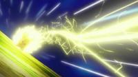 EP721 Pikachu usando Rayo