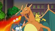 EP778 Charizard quemando a Ash