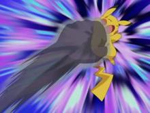 EP337 Pikachu de Ash siendo golpeado por puño sombra