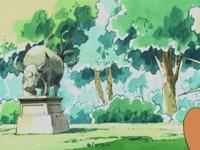 EH09 Estatua Tauros