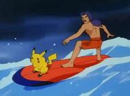 EP069 Puka y Victor surfeando