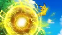EP946 Pikachu usando bola voltio