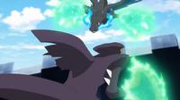 EP930 Mega-Garchomp usando garra dragón