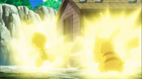 EP706 Pikachu usando rayo contra Scrafty