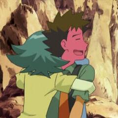 Abrazando a <a href=